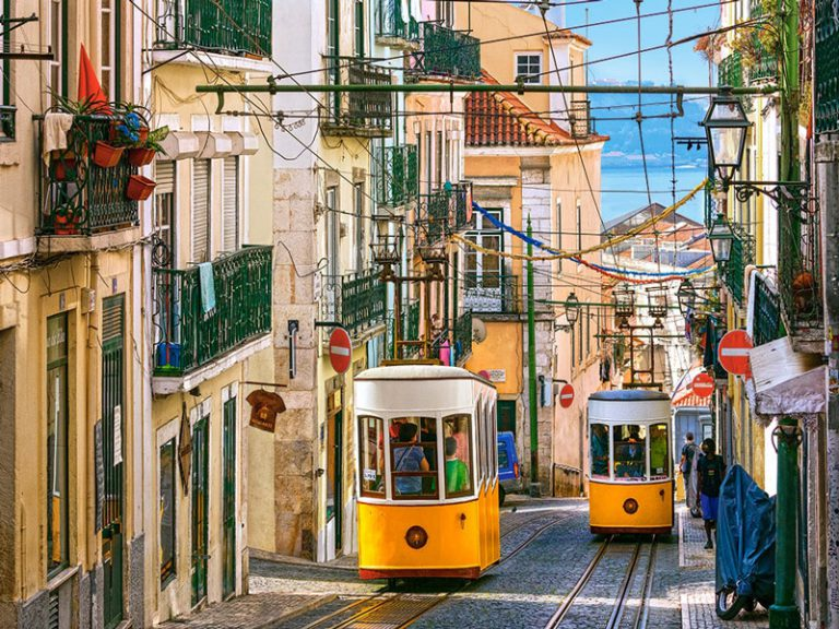 lisbon-trams-portugal-jigsaw-puzzle-1000-pieces.65587-1.fs